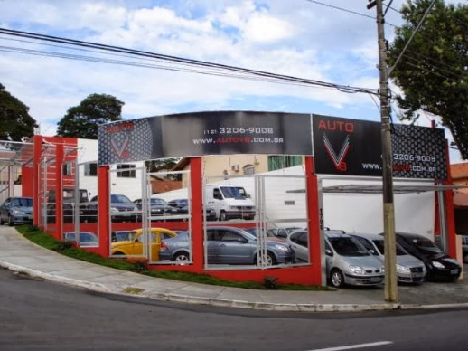 Auto V8